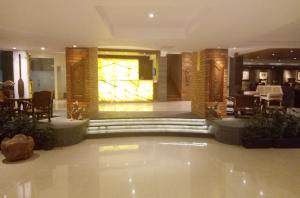 sukajadi-hotel-new-lobby-6