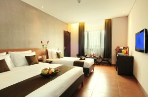 sukajadi hotel-executive-triple-bed