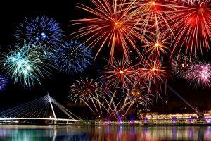 perayaan-tahun-baru-di-taman-mini-indonesia-indah