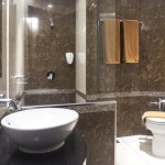 sukajadi hotel-junior-suite-bath