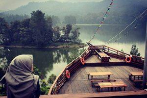 glamping-lakeside-sukajadi-hotel-bandung-wa(+62 811 2277 99)